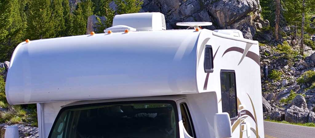 4 Step Method to Cleaning Your RV Rooftop AC Unit
